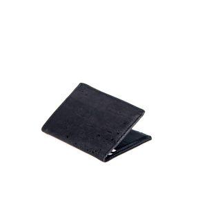 Schlichte, flache und praktische Korkledergeldbörse in schwarz. Elegant und zeitlos. Ausßenansicht