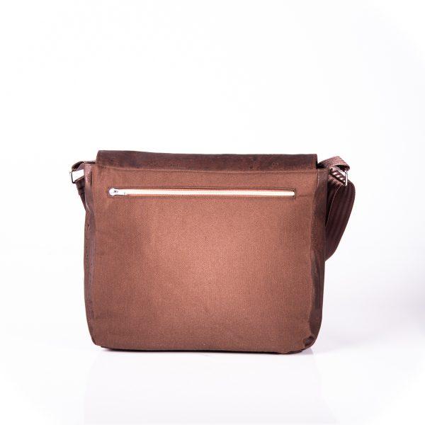 Funktionell, zeitlos, elegante Messenger Bag aus braunen Korkleder und braunen Outdoorstoff Hinteransicht